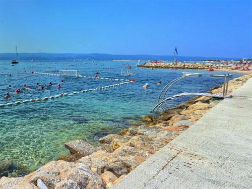 Bathing spot next to Velika Plaza beach
